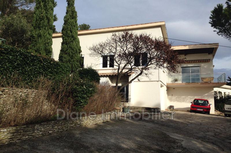 Photo Villa Nîmes   achat villa  5 chambres   170m²