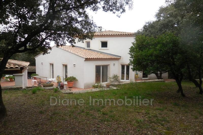 Photo Villa Nîmes   achat villa  4 chambres   210m²