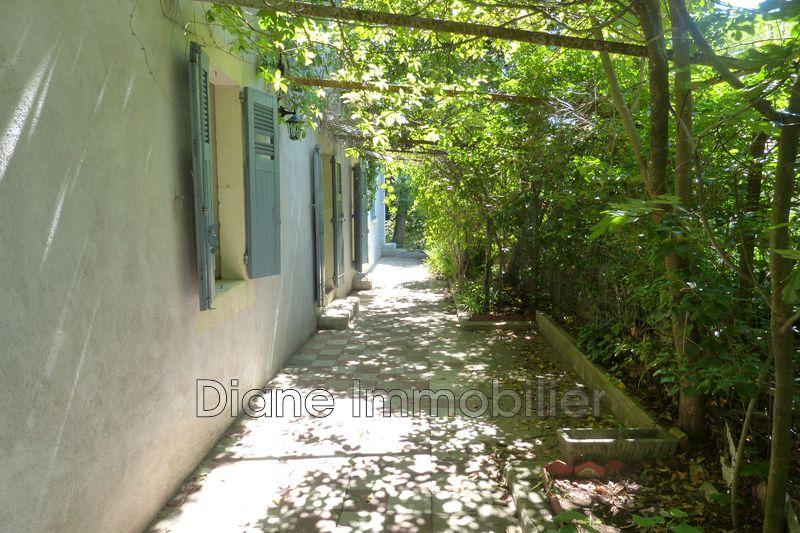 Photo Villa Nîmes   achat villa  4 chambres   161m²