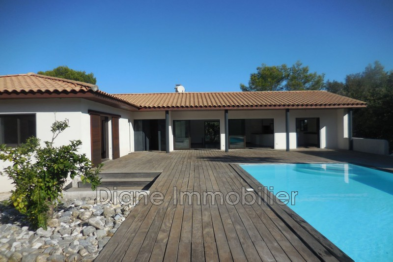 Photo Villa Nîmes   achat villa  4 chambres   170m²