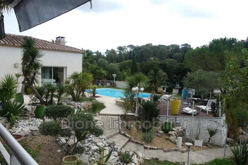 Photo Villa Nîmes   achat villa  5 chambres   240m²