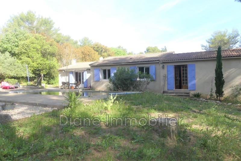 Photo Villa Nîmes   achat villa  4 chambres   125m²