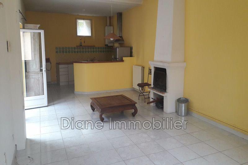 Photo Appartement Nîmes Centre-ville,   achat appartement  3 pièces   82m²