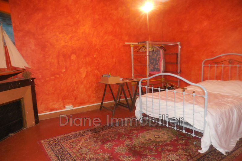 Photo n°4 - Vente appartement Nîmes 30000 - 150 000 €