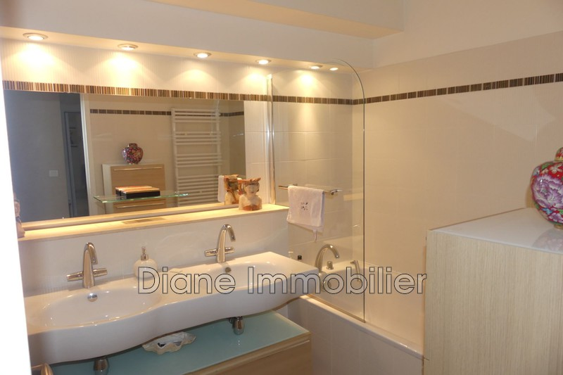Photo n°7 - Vente appartement Nîmes 30900 - 470 000 €