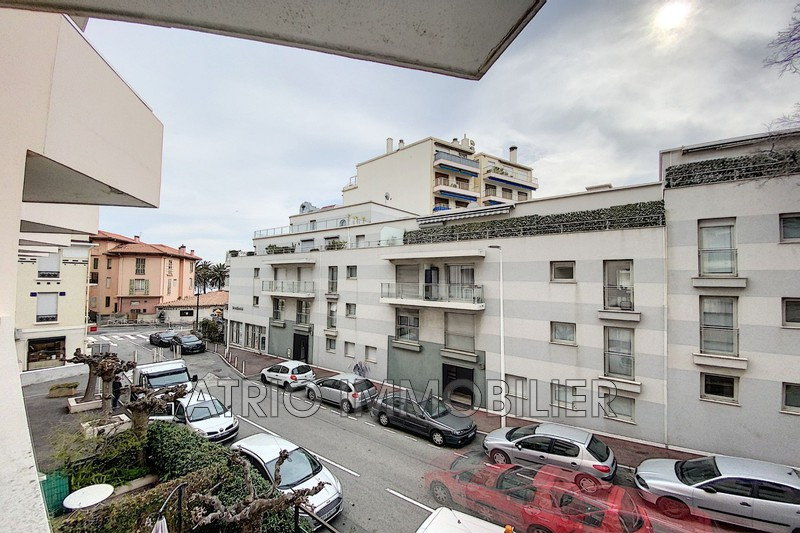 Photo Apartment Antibes Proche plages,  Location apartment  2 rooms   50m²