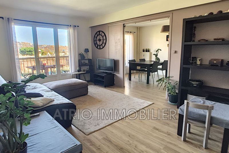 Photo Appartement Saint-Laurent-du-Var St joseph,   achat appartement  3 pièces   73 m²