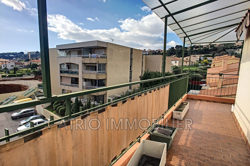 Photo Appartement Saint-Laurent-du-Var Centre ville,   achat appartement  4 pièces   108 m²