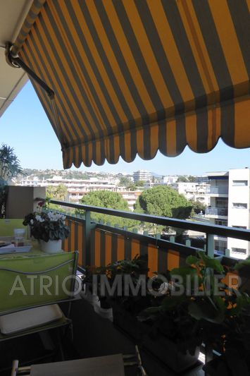 Photo Appartement Cagnes-sur-Mer Centre-ville,   achat appartement  1 pièce   29m²