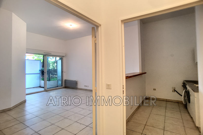 Photo Appartement Saint-Laurent-du-Var Centre-ville,   achat appartement  2 pièces   42 m²