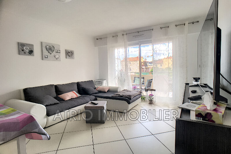 Photo n°3 - Vente appartement Saint-Laurent-du-Var 06700 - 257 000 €