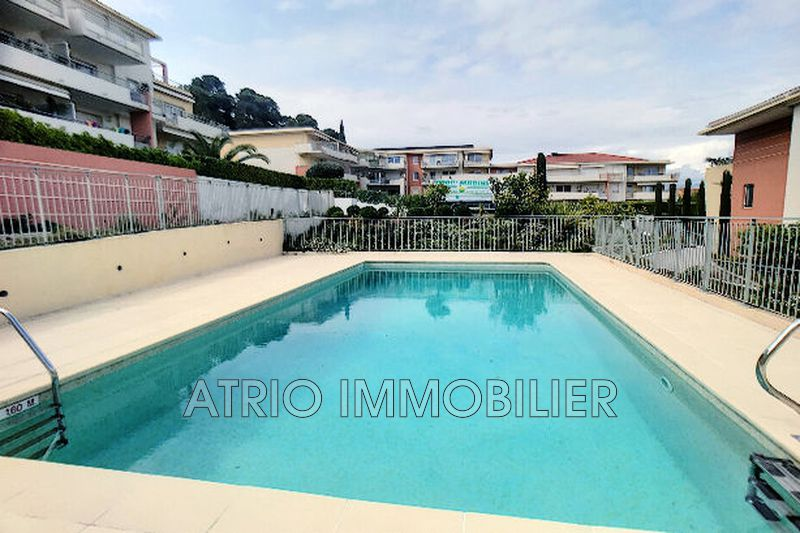 Photo Appartement Saint-Laurent-du-Var Grimonds,   achat appartement  2 pièces   45 m²