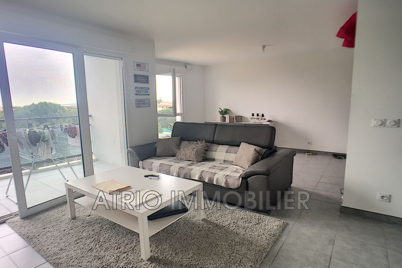 Photo Appartement Saint-Laurent-du-Var Proche parc vaugrenier,   achat appartement  2 pièces   37 m²