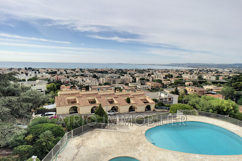 Photo Appartement Saint-Laurent-du-Var Grimonds,   achat appartement  3 pièces   84m²