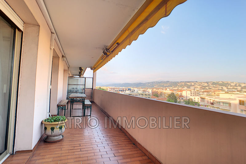 Photo Appartement Saint-Laurent-du-Var Centre-ville,   achat appartement  2 pièces   45 m²