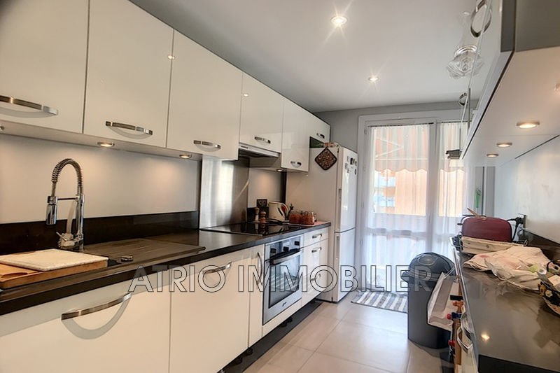 Photo n°5 - Vente appartement Saint-Laurent-du-Var 06700 - 264 000 €