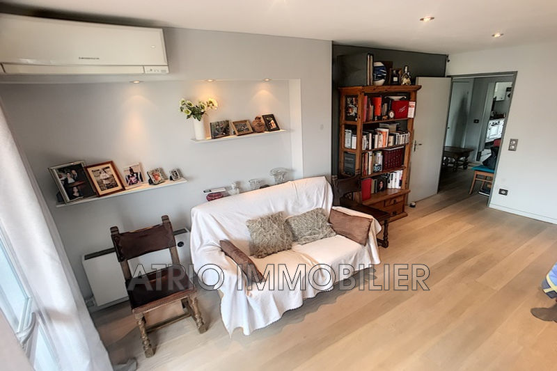 Photo n°2 - Vente appartement Saint-Laurent-du-Var 06700 - 264 000 €