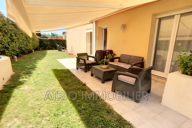 Photo Appartement Saint-Laurent-du-Var Jacquons,   achat appartement  4 pièces   82 m²