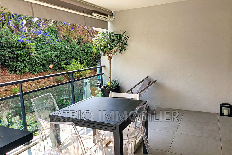 Photo Appartement Saint-Laurent-du-Var Les vespins,   achat appartement  3 pièces   63 m²