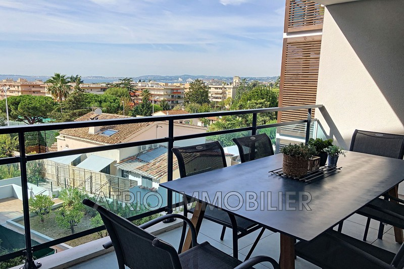 Photo Appartement Saint-Laurent-du-Var Les vespins,   achat appartement  2 pièces   52 m²