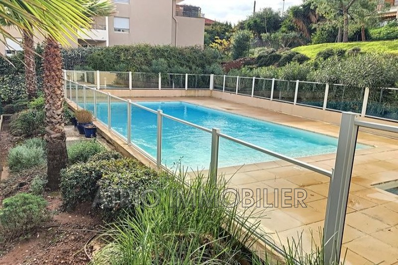 Photo Appartement Saint-Laurent-du-Var Rascas,   achat appartement  3 pièces   66 m²