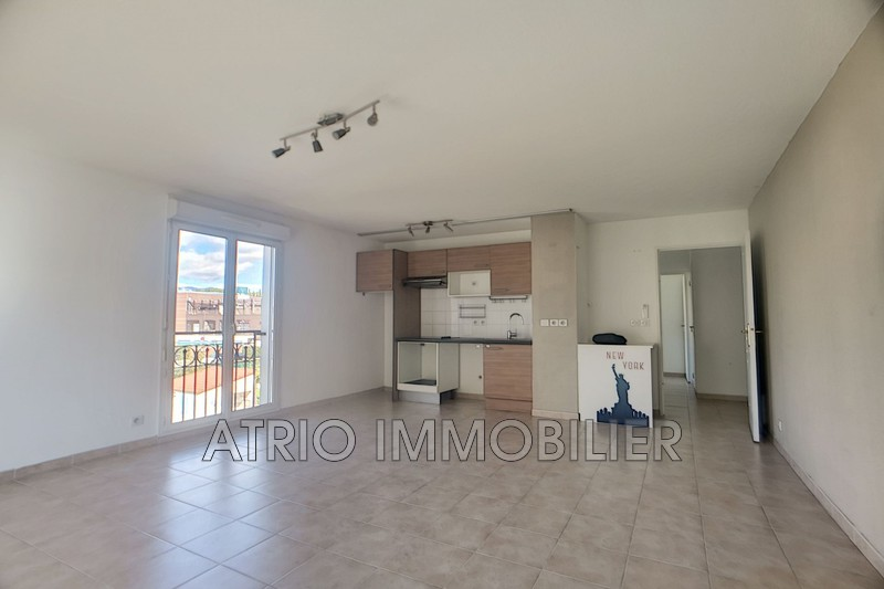 Photo n°2 - Vente appartement Cagnes-sur-Mer 06800 - 245 000 €