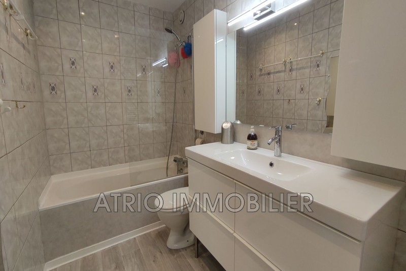 Photo n°5 - Vente appartement Nice 06200 - 240 000 €