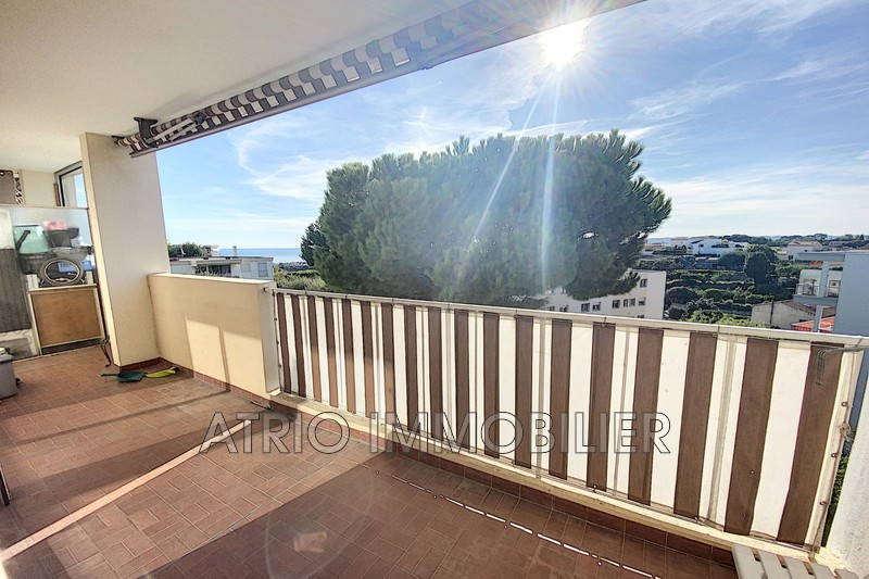 Photo Appartement Saint-Laurent-du-Var Grimonds,   achat appartement  4 pièces   85 m²