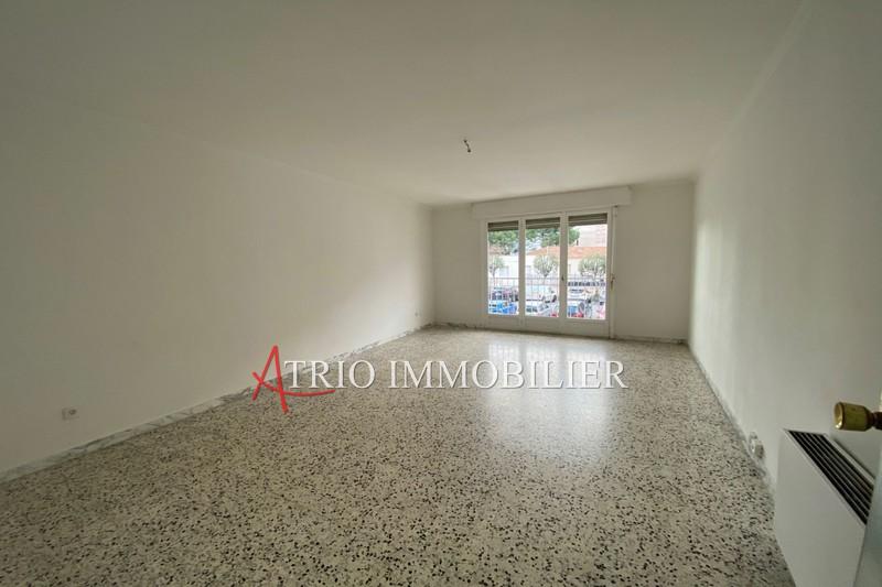 Photo Appartement Cagnes-sur-Mer Centre-ville,   achat appartement  2 pièces   55m²