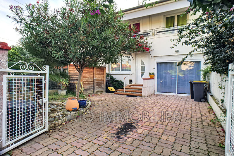 Photo Maison Cagnes-sur-Mer Val fleuri,   achat maison  2 chambres   73m²
