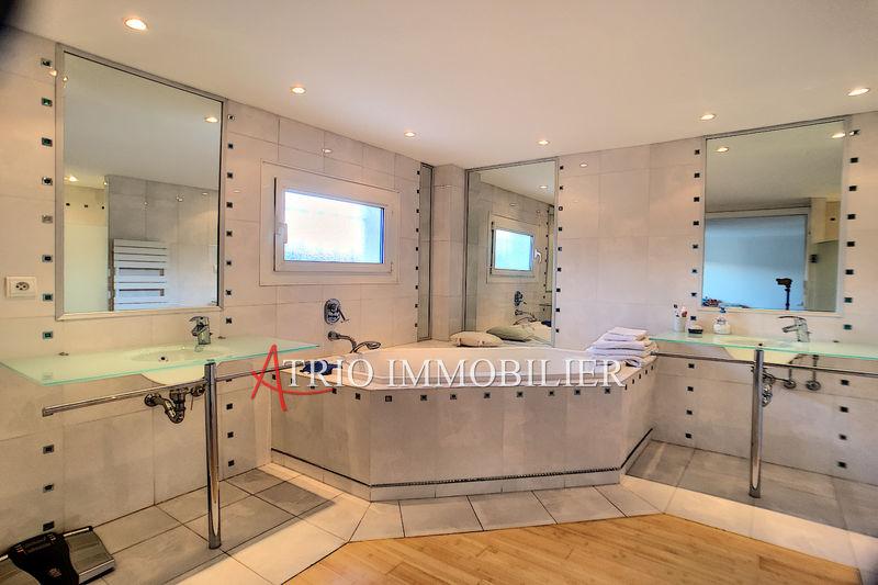 Photo n°11 - Vente Maison villa Saint-Laurent-du-Var 06700 - 1 087 000 €