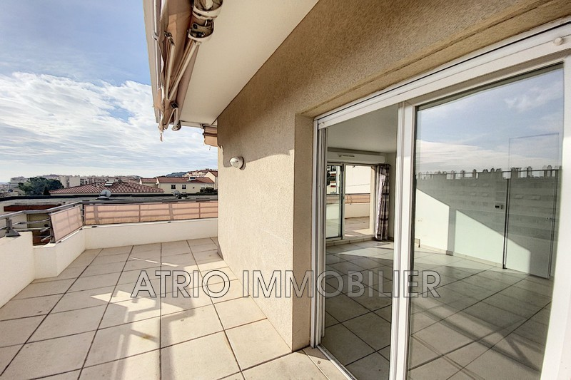 Photo Appartement Saint-Laurent-du-Var   achat appartement  3 pièces   63 m²