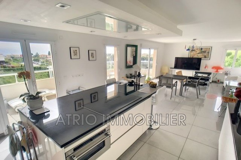 Photo n°1 - Vente appartement Saint-Laurent-du-Var 06700 - 579 000 €