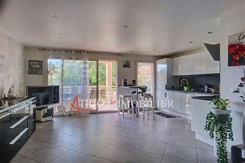 Photo Appartement Cagnes-sur-Mer Val fleuri,   achat appartement  2 pièces   47m²
