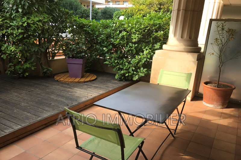 Photo Appartement Saint-Laurent-du-Var Les vespins,   achat appartement  1 pièce   22 m²