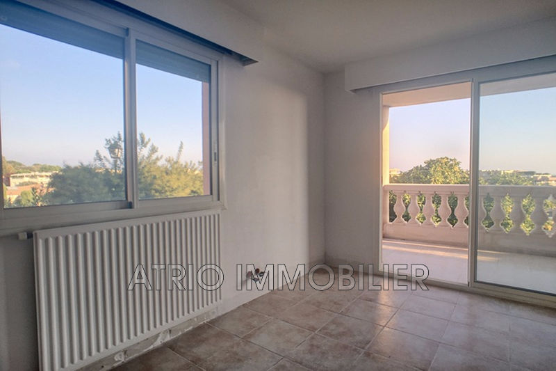 Photo n°6 - Vente appartement Saint-Laurent-du-Var 06700 - 295 000 €