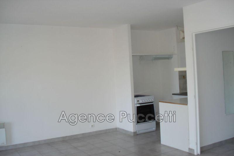 Photo Appartement Vence Proximité centre ville,  Location appartement  1 pièce   28m²