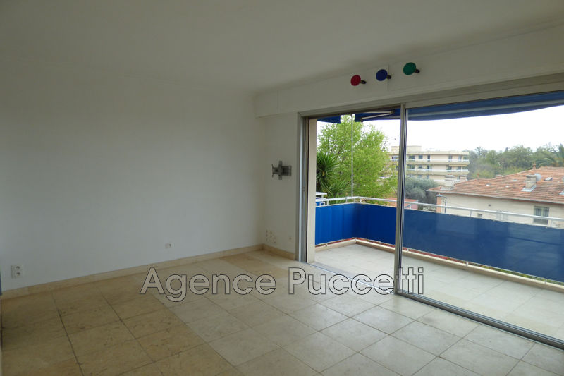 Photo Appartement Vence Centre-ville,  Location appartement  1 room   26 m²