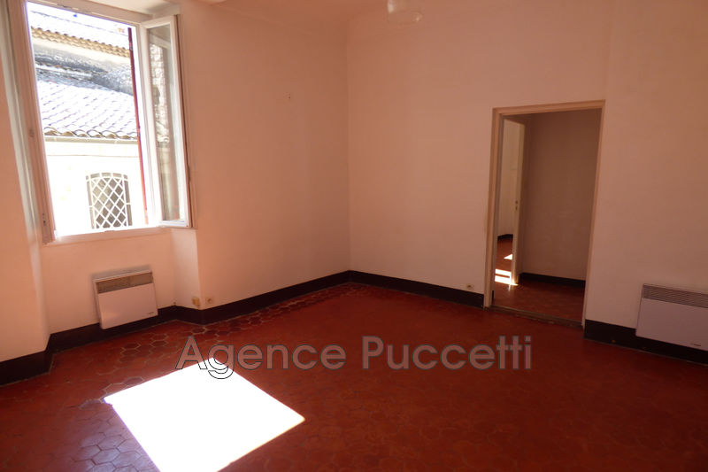 Photo Appartement Vence Centre-ville,  Location appartement  2 rooms   41 m²
