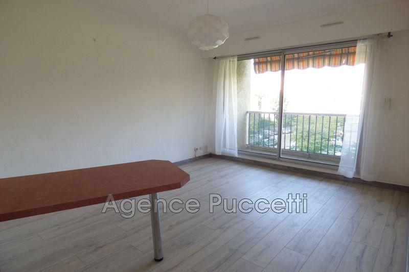Photo Appartement Vence Centre-ville,  Location appartement  2 rooms   32m²