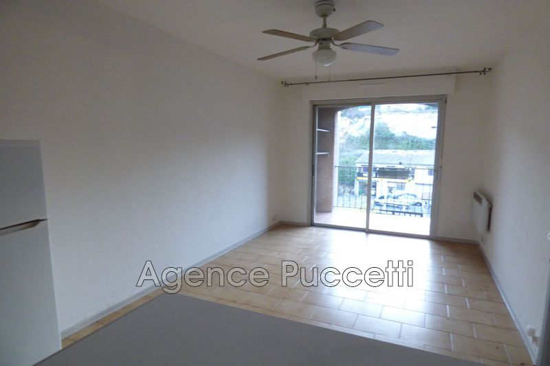 Photo Appartement Vence Proximité centre ville,  Location appartement  2 rooms   37 m²