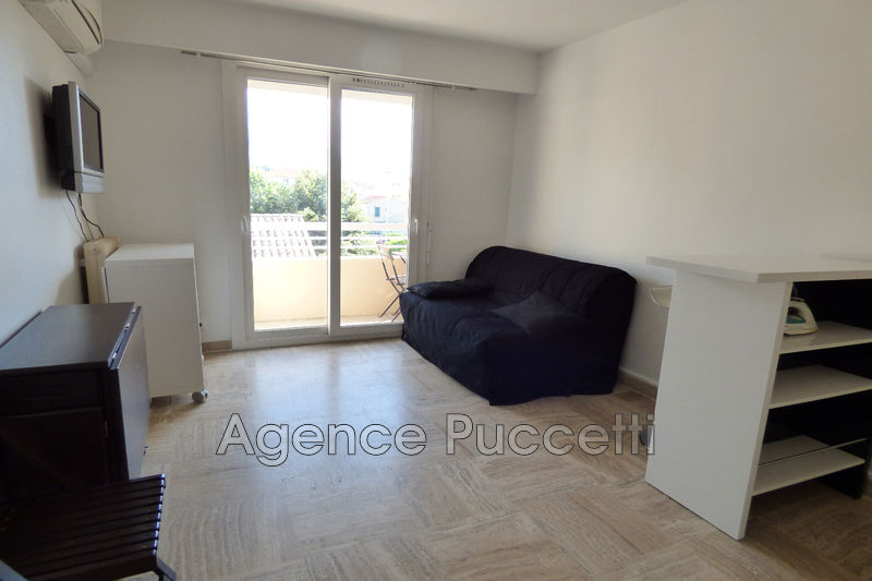 Photo Apartment Vence Centre-ville,  Rentals apartment  1 room   19 m²