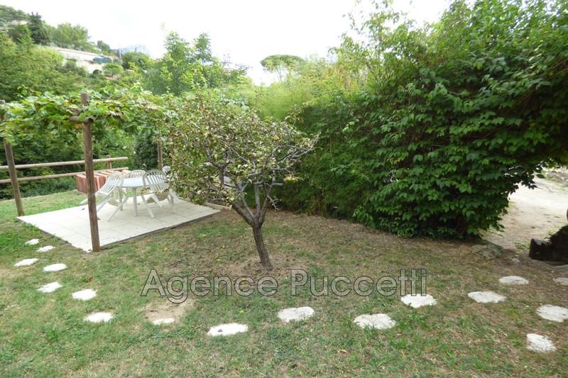 Photo Rez-de-jardin Vence Proximité centre ville,  Location rez-de-jardin  1 room   26m²