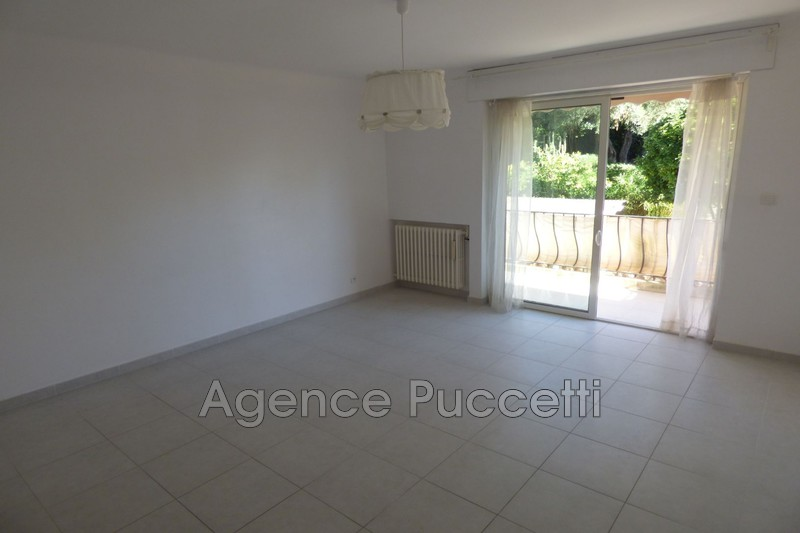 Photo Appartement Vence Proximité centre ville,  Location appartement  2 rooms   50m²