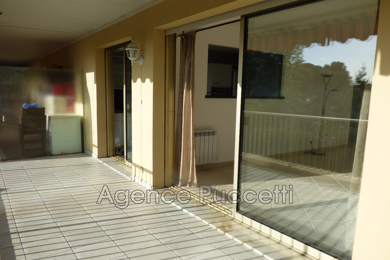 Photo Appartement Vence Proximité centre ville,  Location appartement  3 rooms   72 m²