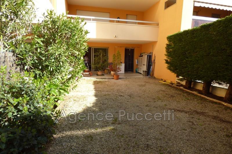 Photo Appartement Vence Proximité centre ville,  Location appartement  3 pièces   66m²