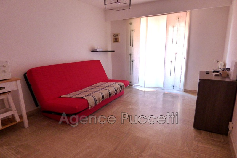 Photo Appartement Vence Centre-ville,  Location appartement  1 room   19 m²