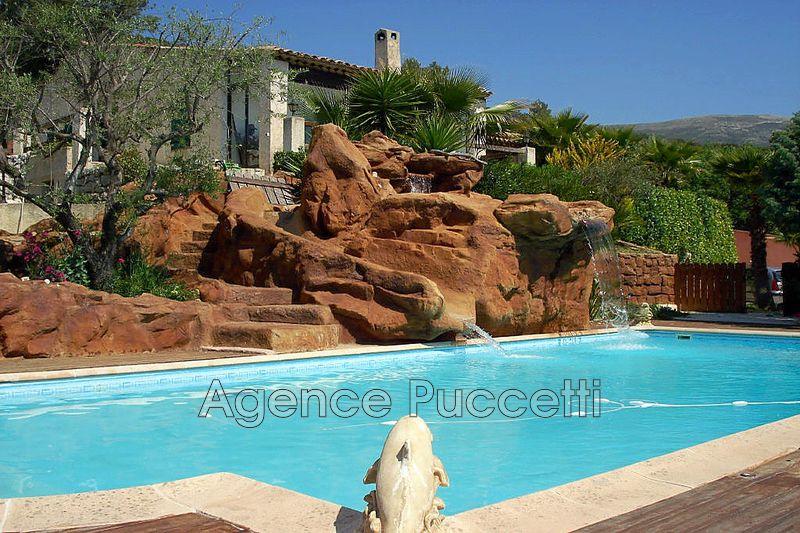 Photo Villa Tourrettes-sur-Loup Ouest,   achat villa  4 chambres   200m²