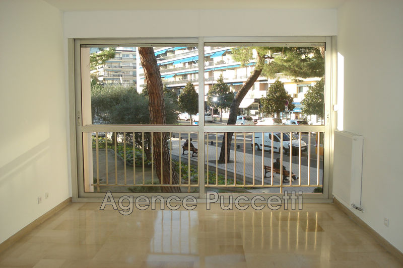 Photo Apartment Vence Centre-ville,   to buy apartment  2 rooms   46 m²