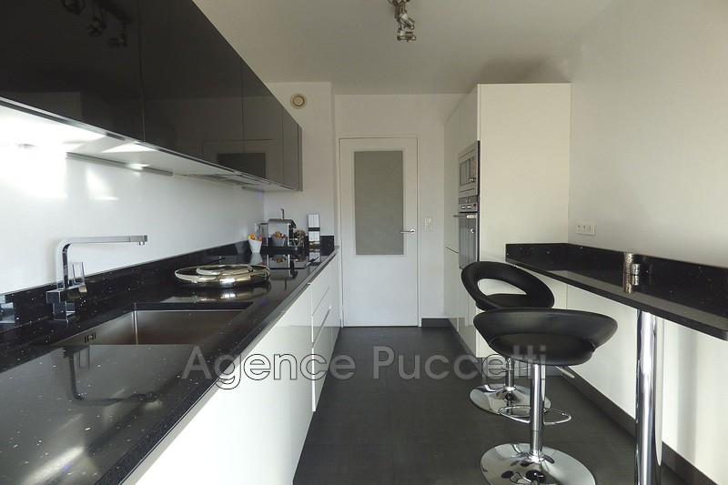 Photo Appartement Vence Centre-ville,   to buy appartement  2 rooms   58 m²